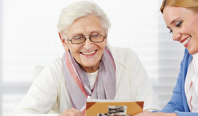 Trois idées reçues sur la maladie d'Alzheimer