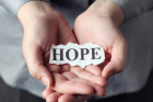 Malgré les épreuves, Valérie garde espoir