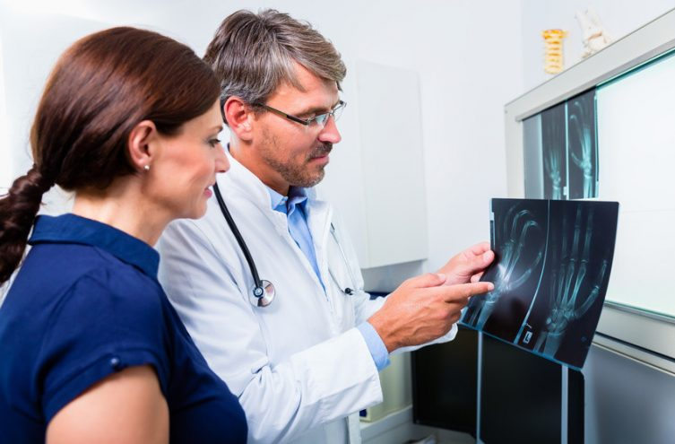 Arthrose et arthrite : quelles différences ?