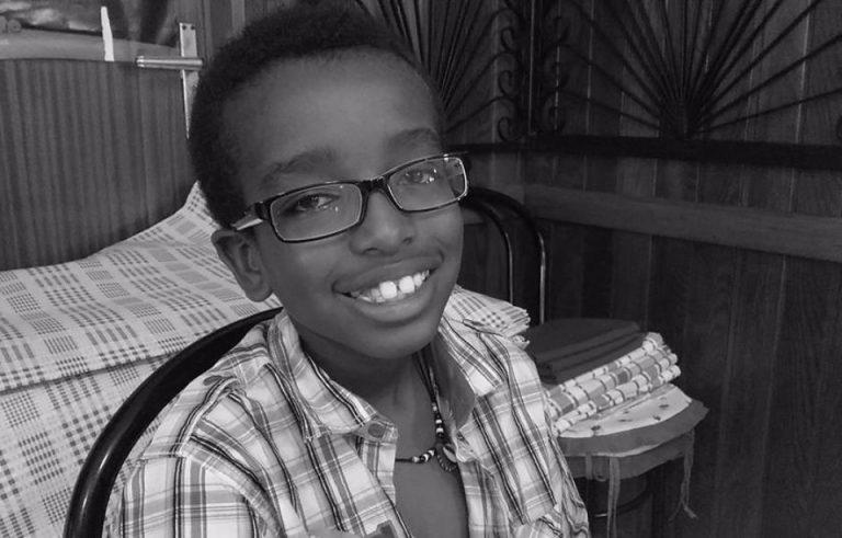 Magie du web : ce garçon autiste reçoit des milliers de cadeaux