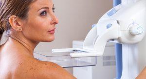 Le cancer du sein se soigne mieux, mais mieux vaut le diagnostiquer tôt !