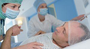 Que faut-il penser de la chirurgie éveillée ?
