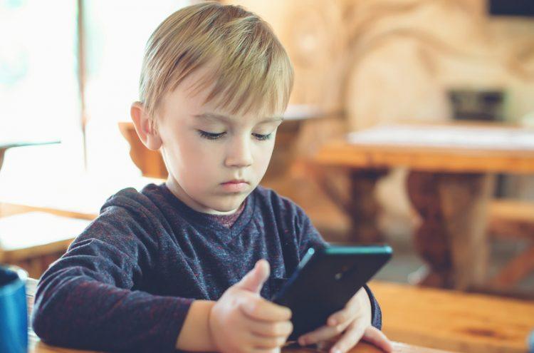 Comment dépister le plus tôt possible les troubles du spectre de l'autisme ?